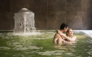 SPA escape with your friends